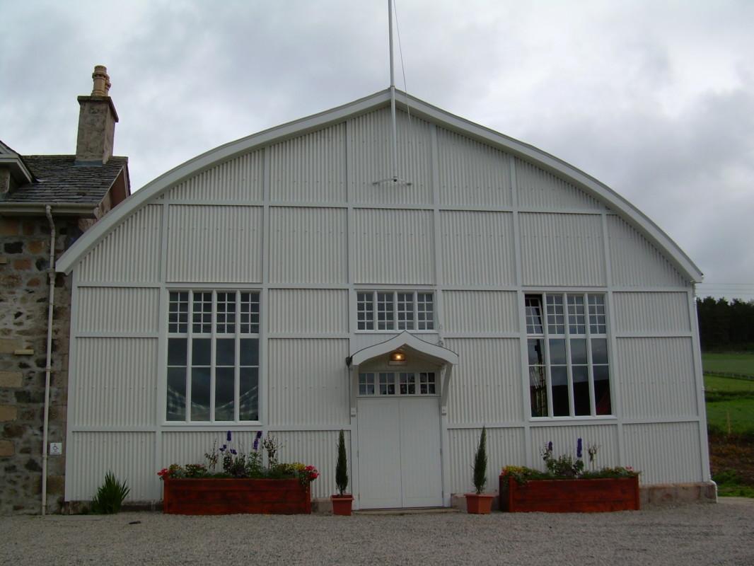 Lonach Hall
